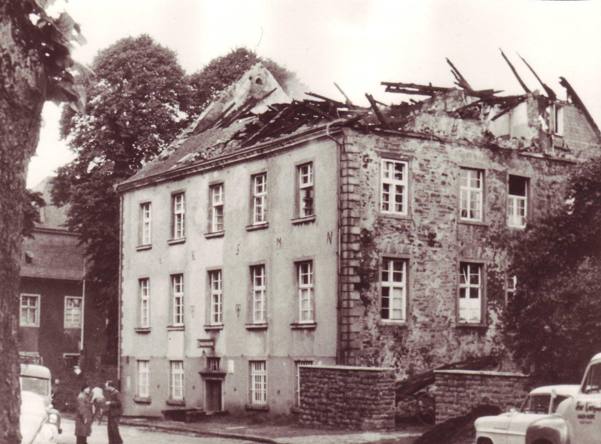 Amtshaus- nach Brand 1956