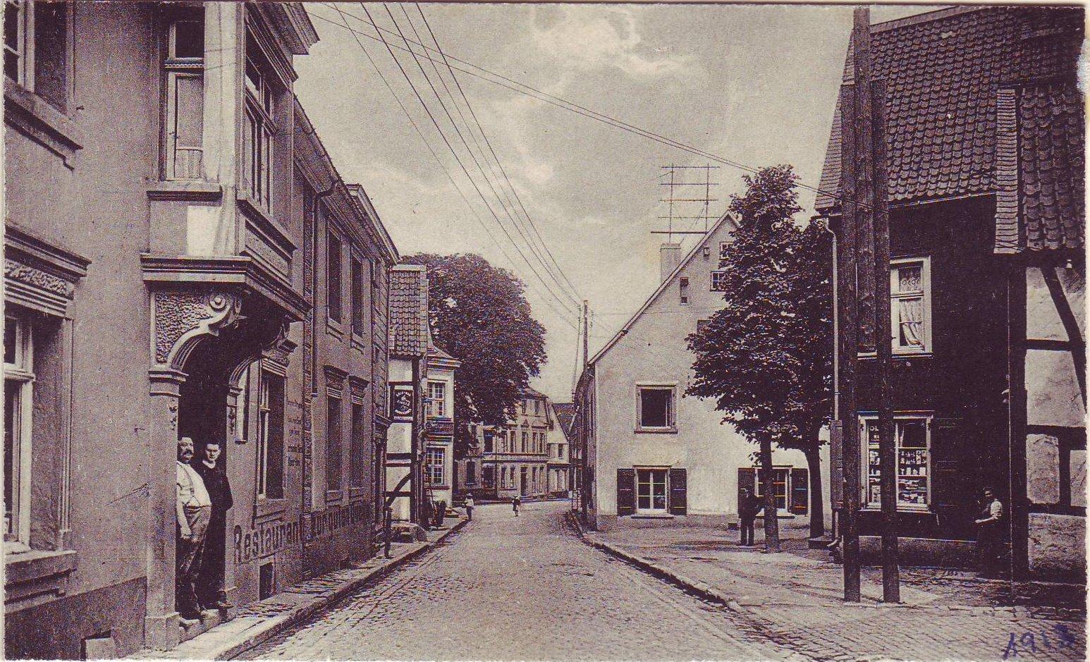 Frankfurter Straße mit Gasthof und Bäckermeister Wilhelm Dörnen