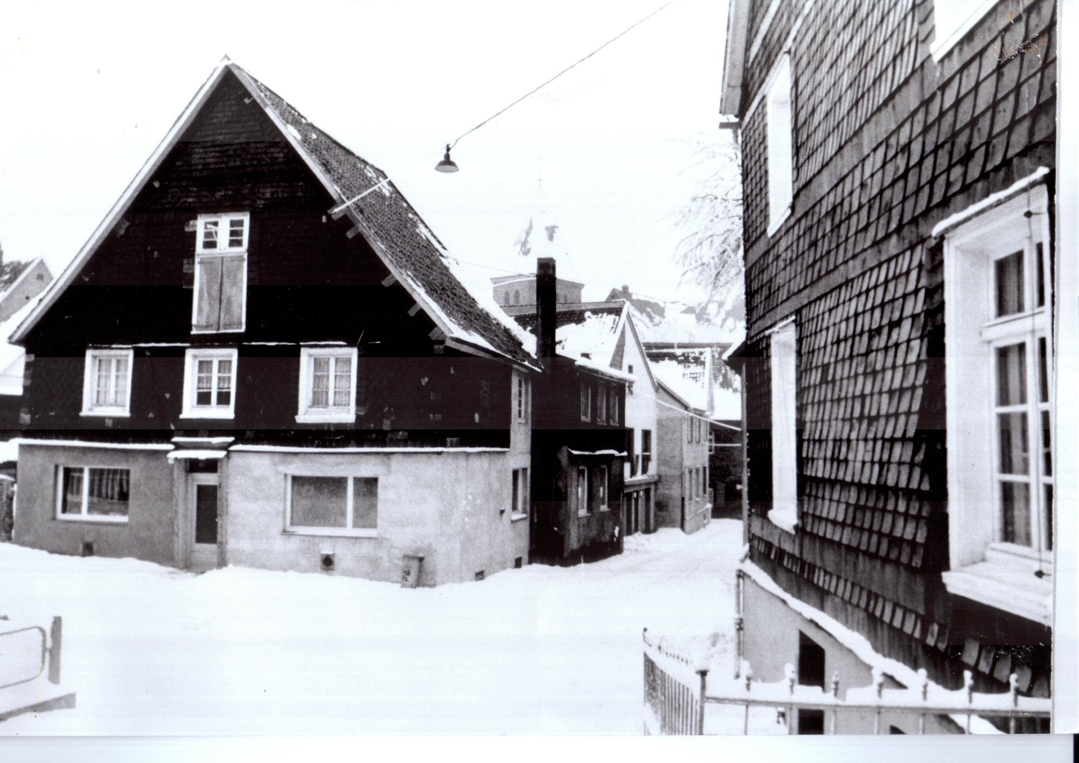 Hoch-Ecke-Brunnenstr
