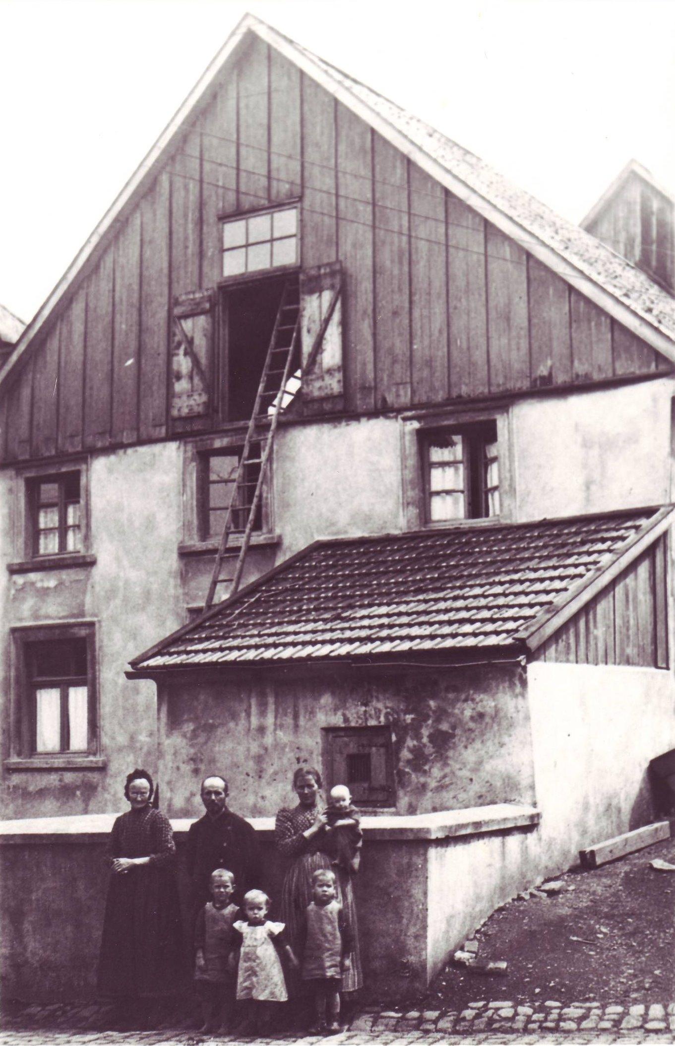 Schuster Rohrmann-Hochstr