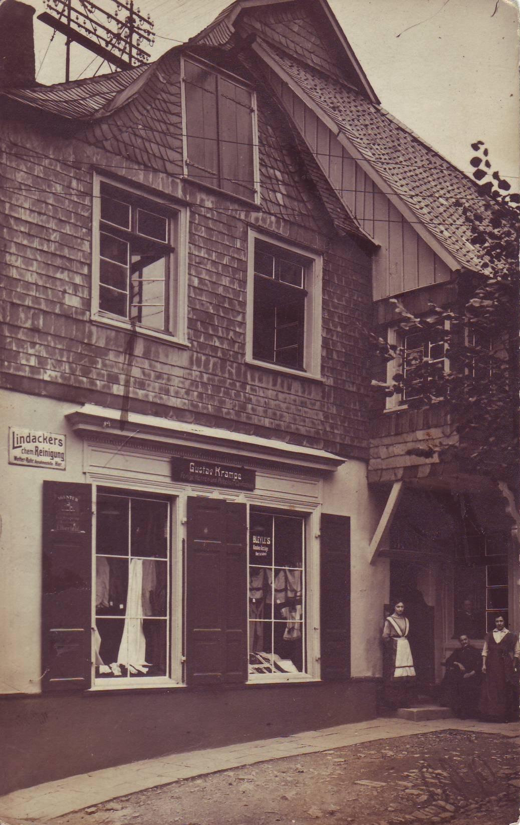 Textilgeschäft Krampe von Otto Wippermann
