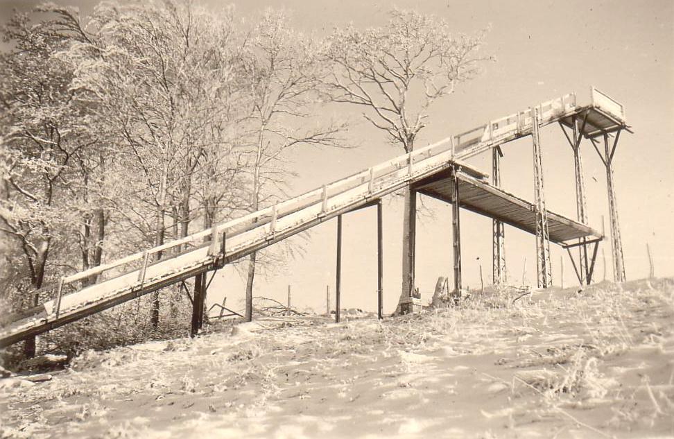 Sprungschanze-Winter1